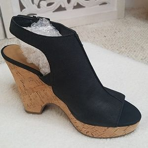Franco Sarto Glamour Platform Wedge Sandals sz 6.5
